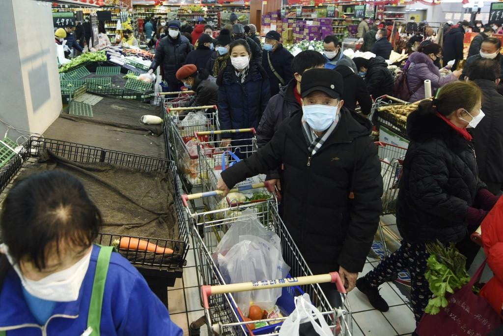 中國民眾搶購糧食(圖/ 美聯社)