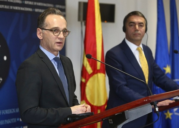 German Foreign Minister Heiko Maas (left).