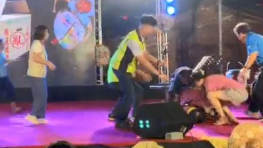 Yen collapses on stage. (Facebook, Takao Run screenshot)