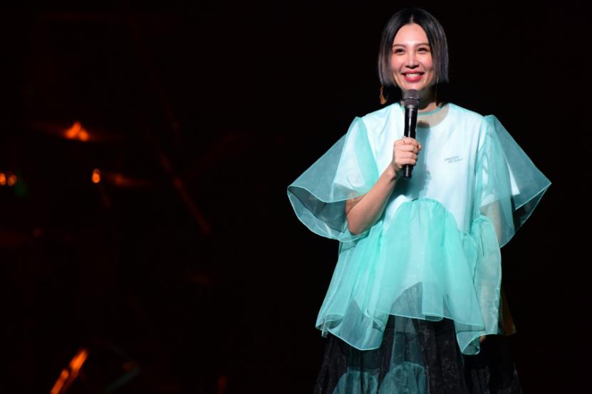 嗨!台北流行音樂中心開幕演唱會 台灣金曲歌后搭最強「菜鳥」吸引上千粉絲朝聖