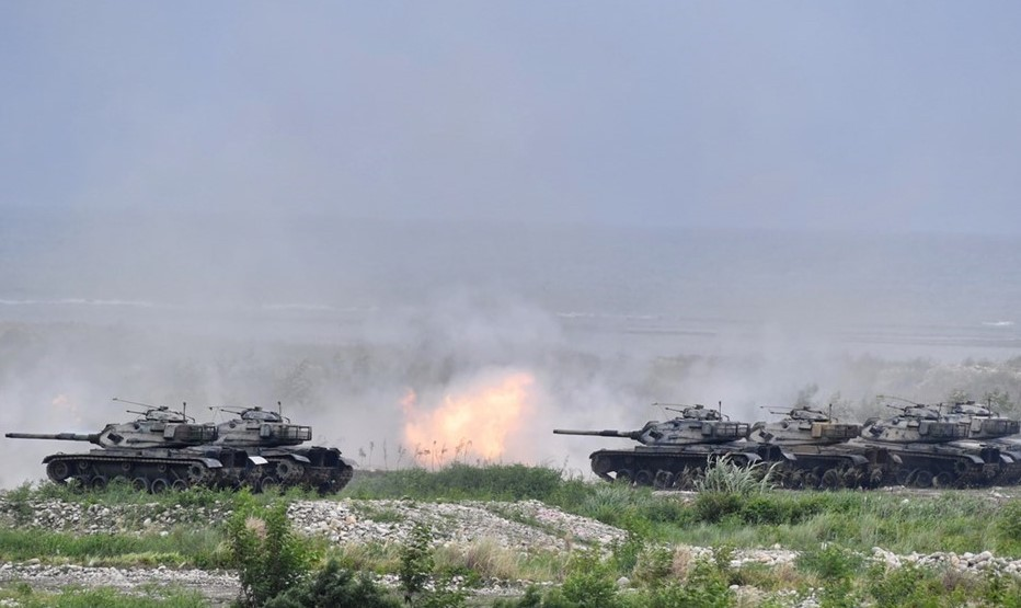 Taiwan M60A3 tanks firing during Han Kuang exercise in July.