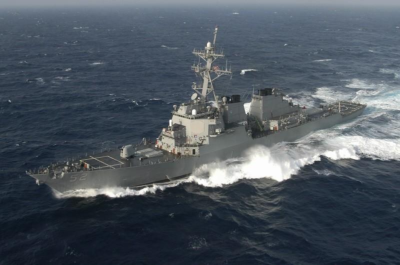 圖為美軍飛彈驅逐艦貝瑞號(USS Barry,DDG 52)(維基百科, by United States Navy, Photograp...