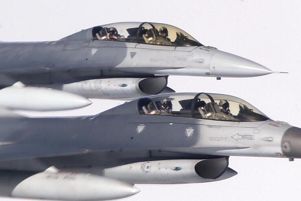 Taiwan F16s