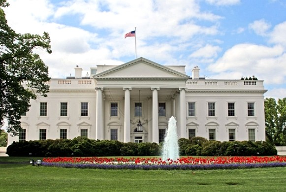 Federal officials have intercepted an envelope addressed to the White House that contained the poison ricin.