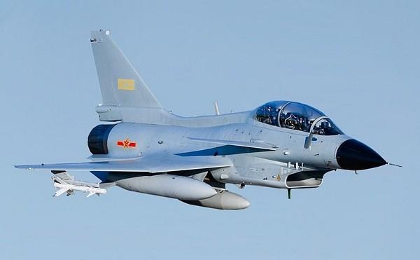 Chinese J-10 fighter jet. (Wikimedia Commons photo)