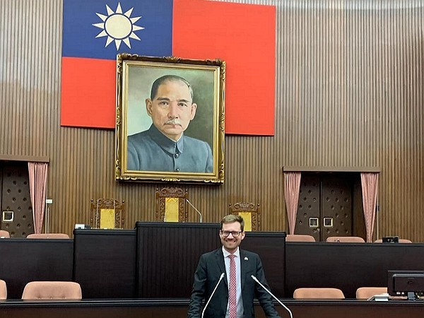 Hampus Hagman visited Taiwan in January to observe Taiwan's presidential election. (Facebook, Hampus Hagman photo)