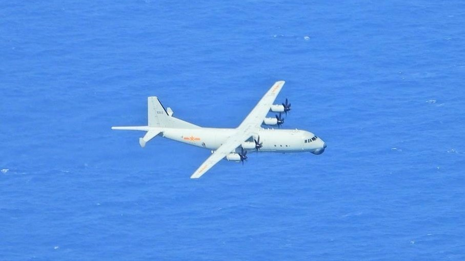 Y-8 anti-submarine aircraft spotted on Sept. 22. (MND photo)