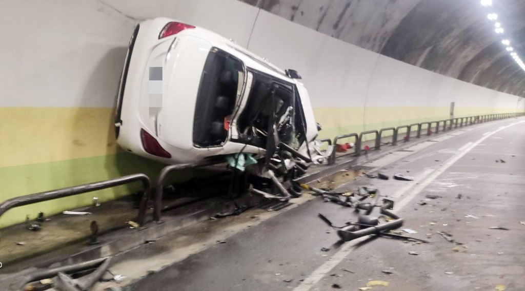 A drunk driver drove on a tunnel wall for 200 meters