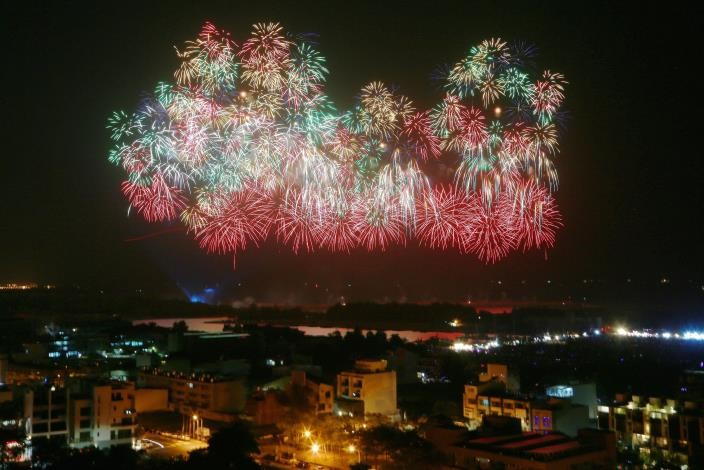 National Day fireworks in Tainan (Tainan City Government photo)
