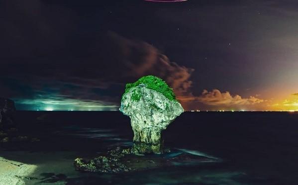 Vase Rock. (Mayank Tiwari photo)