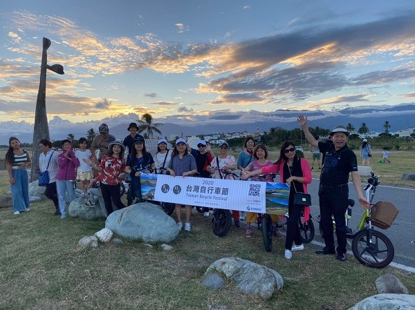 Join an autumn bicycle tour of Taitung to enjoy Taiwan's southeast