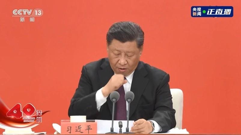 Xi Jinping coughing. (CCTV 13 screenshot)
