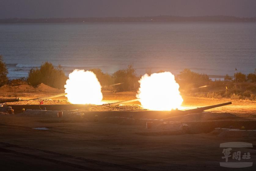 國防部長嚴德發:若總統下動員令 台灣第一時間作戰主力45萬人
