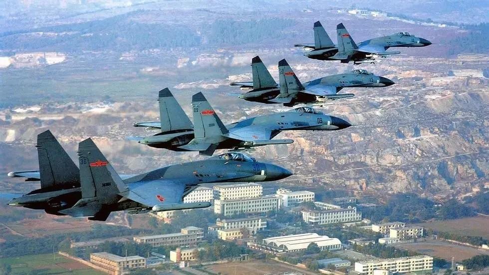 PLAAF Shenyang J-11 fighter jets. (Internet image)
