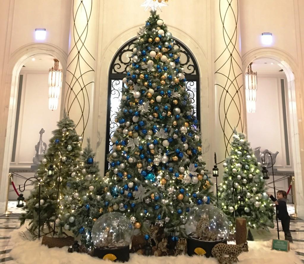 A Christmas tree in the lobby of theMandarin Oriental Taipei during Christmas season 2019.