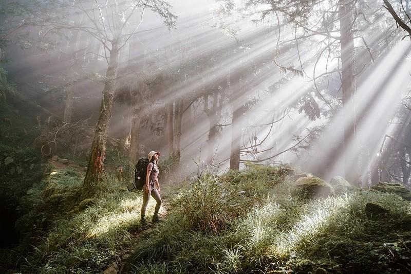 旅遊平台KLOOK,推薦5條擁有絕美景色的登山、秘境探索路線行程。中央社