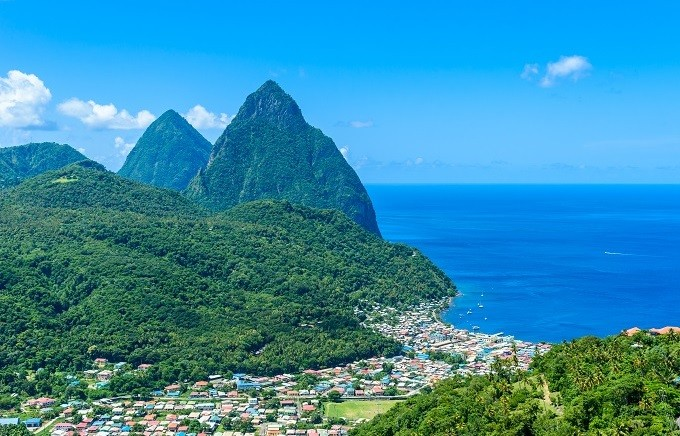 Saint Lucian mountains. (International Trade Centre photo)