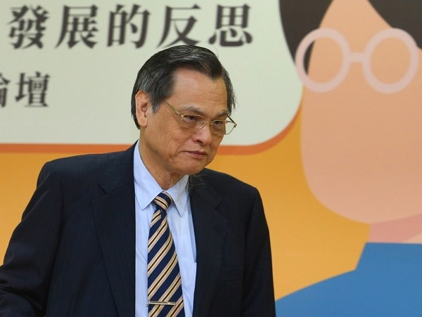 MAC Chairman Chen Ming-tung.
