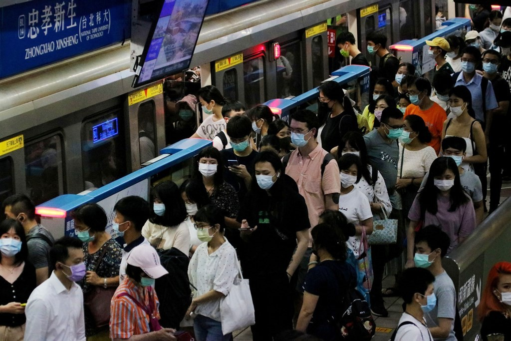 Masks mandatory in most public areas in Taiwan starting Dec. 1