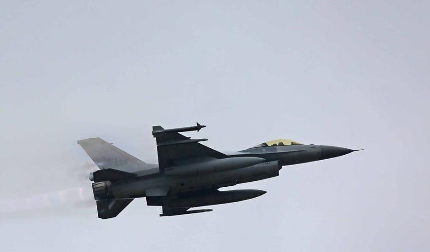 Taiwanese F-16.