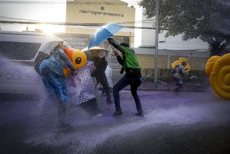 黃色小鴨成泰國反示威新標誌(圖/美聯社)