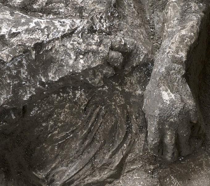 兩千年歷史不衰 義大利龐貝古城再現火山噴發遺骸