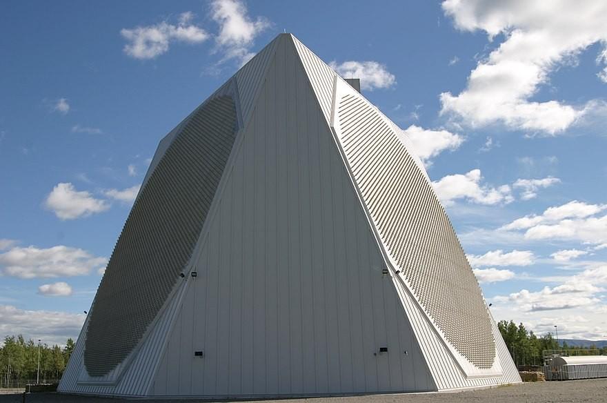 PAVE PAWS radar.