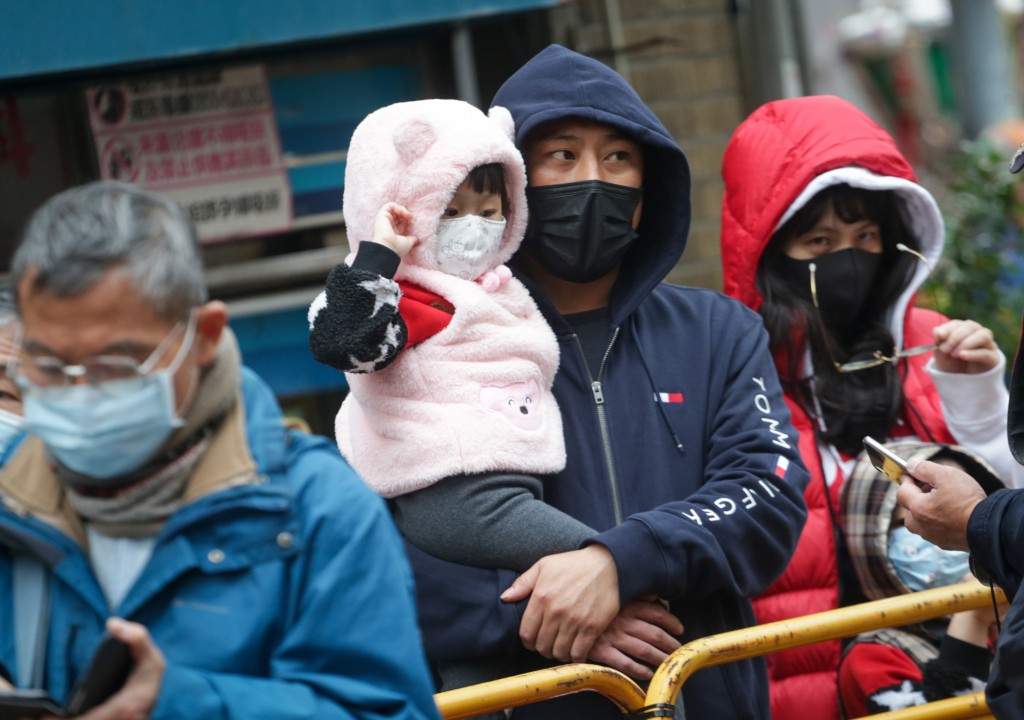 People in Taiwan wearing masks against coronavirus infections