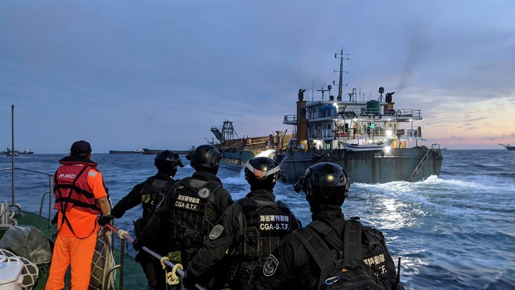 The Coast Guard taking action against illegal dredging last September (CNA, CGA photo)