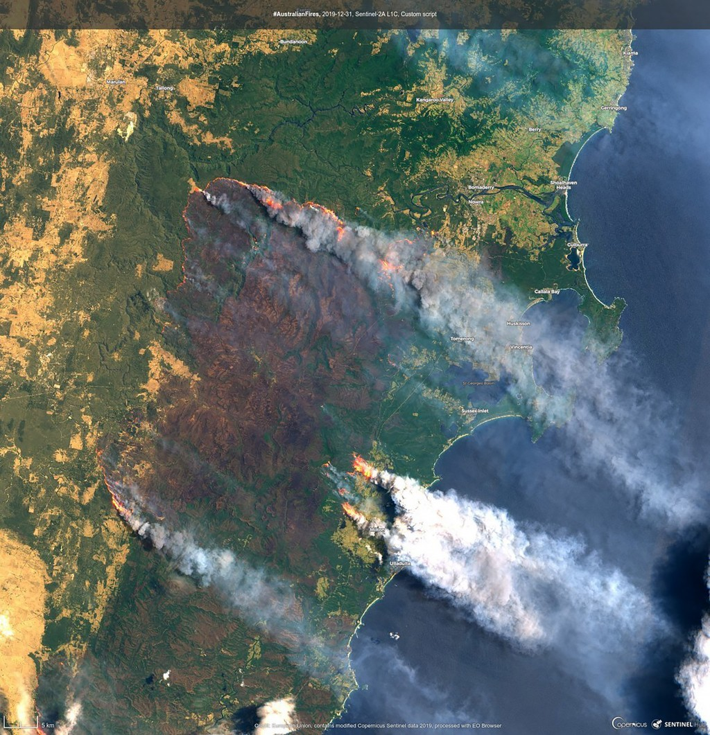 In this satellite image released by Copernicus Sentinel Imagery, 2020 twitter page acquired Dec. 31, 2019, shows the Clyde Mountain Fire, 200 kms. (12...