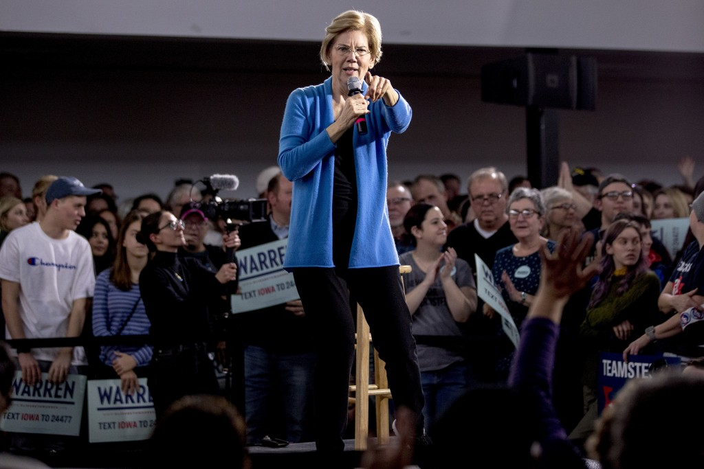 Democratic presidential candidate Sen. Elizabeth Warren, D-Mass., speaks at a campaign stop at the Mississippi Valley Fairgrounds, Sunday, Jan. 5, 202...