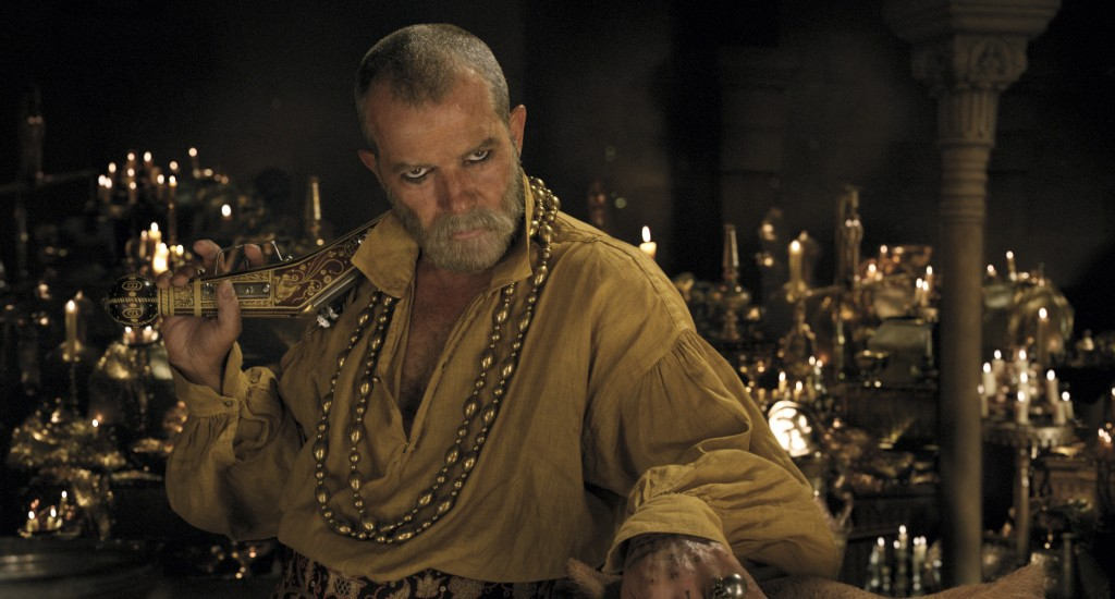 """This image released by Universal Pictures shows Antonio Banderas in a scene from """"Dolittle.""""  (Universal Pictures via AP)"""