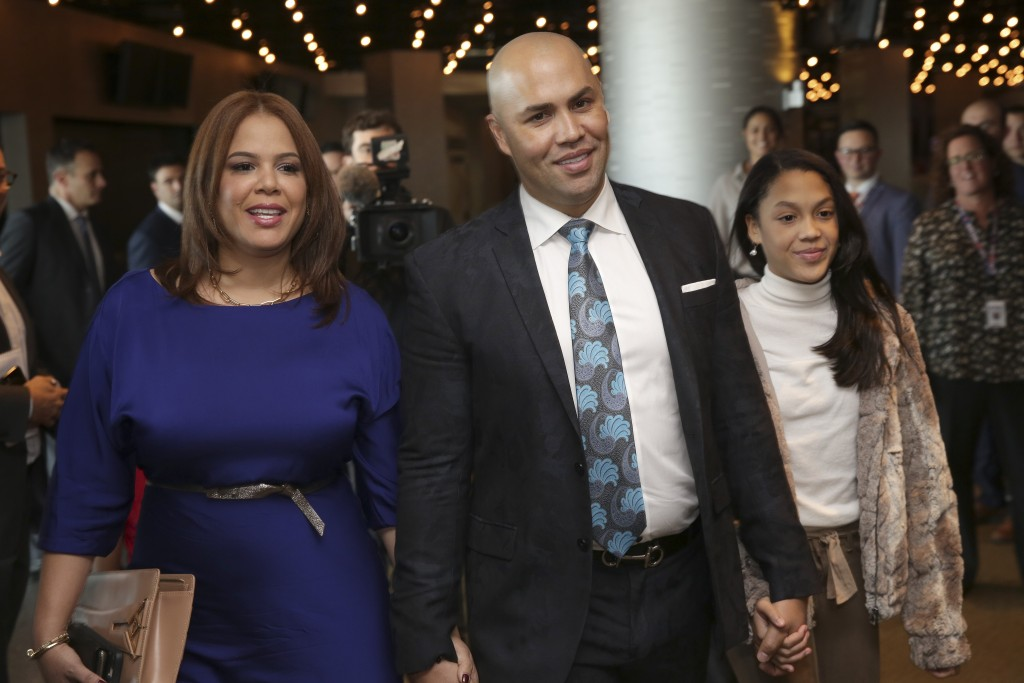 Carlos Beltran, implicated in Astros cheating scandal, stepping down as Mets manager