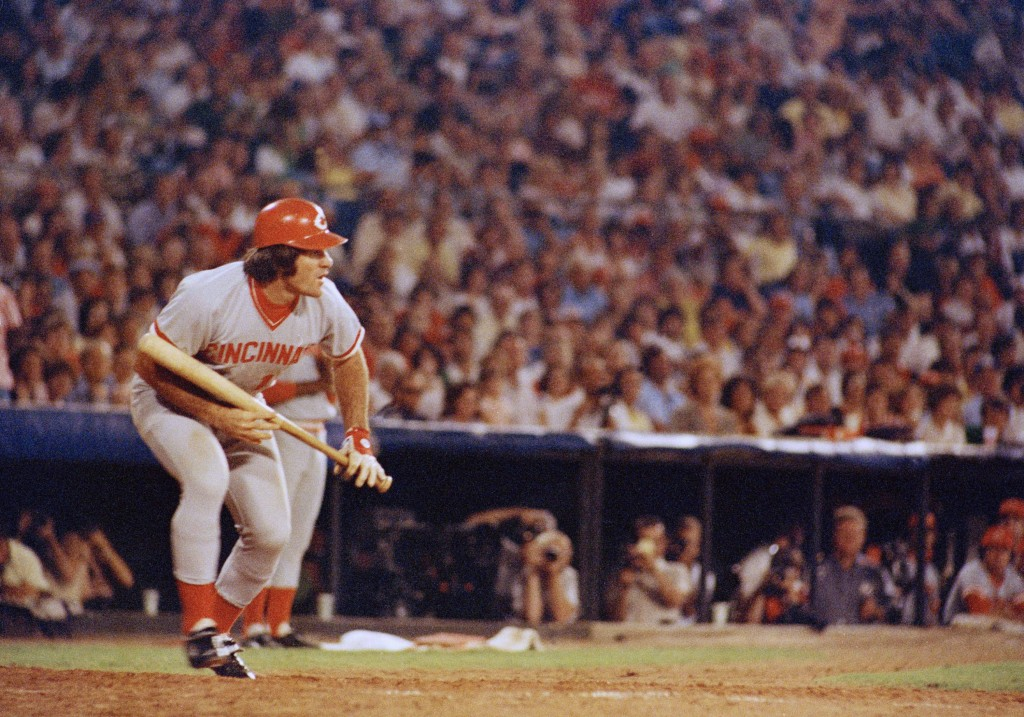 FILE - In this Aug. 2, 1978 file photo, Cincinnati Reds Pete Rose at bat against the Atlanta Braves in Atlanta.  Rose says cheating on the field is ba...