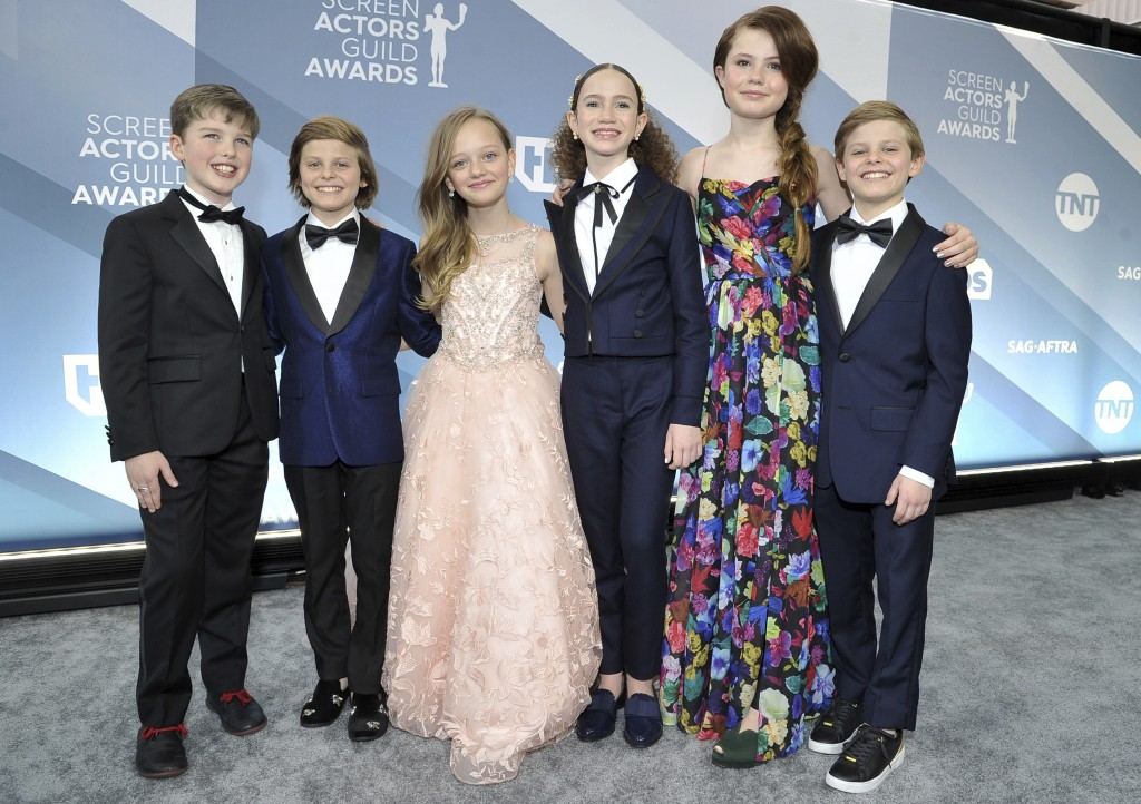 Iain Armitage, from left, Cameron Crovetti, Ivy George, Chloe Coleman, Darby Camp and Nicholas Crovetti arrive at the 26th annual Screen Actors Guild ...