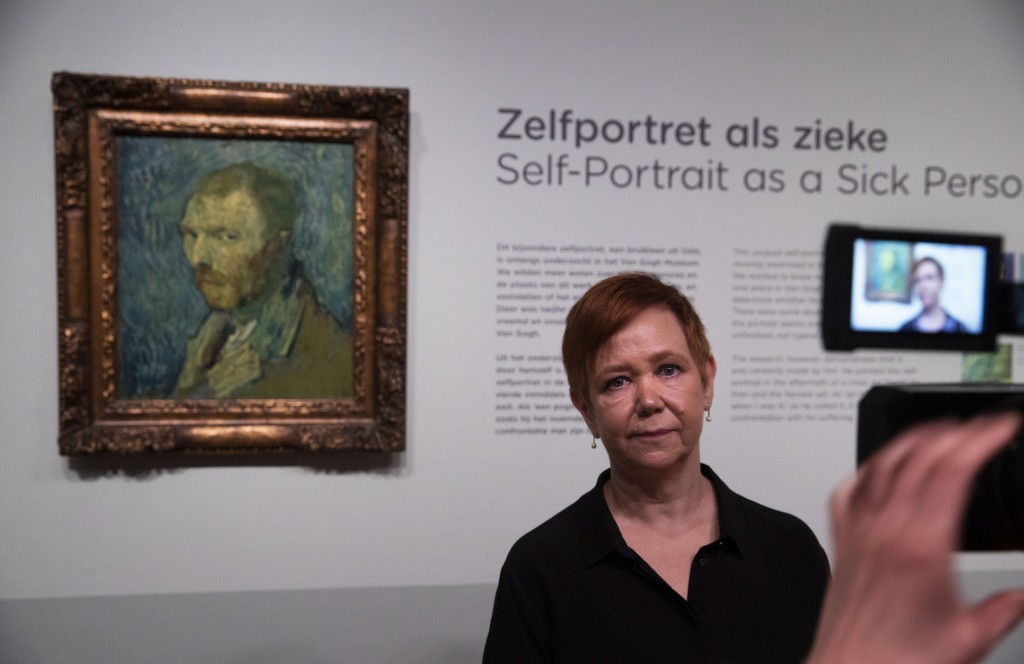 Norway's National Museum curator Mai Britt Guleng talk about the previously contested painting by Dutch master Vincent van Gogh, a 1889 self-portrait,...
