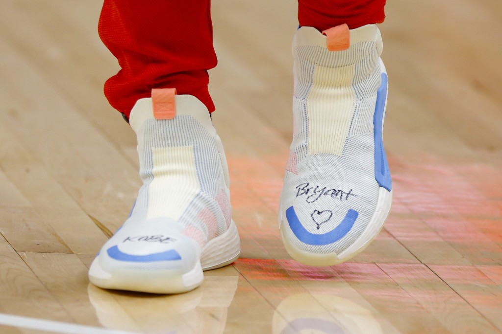 Atlanta Hawks guard Trae Young's (11) shoes honors Kobe Bryant prior to an NBA basketball game against the Washington Wizards on Sunday, Jan. 26, 2020...