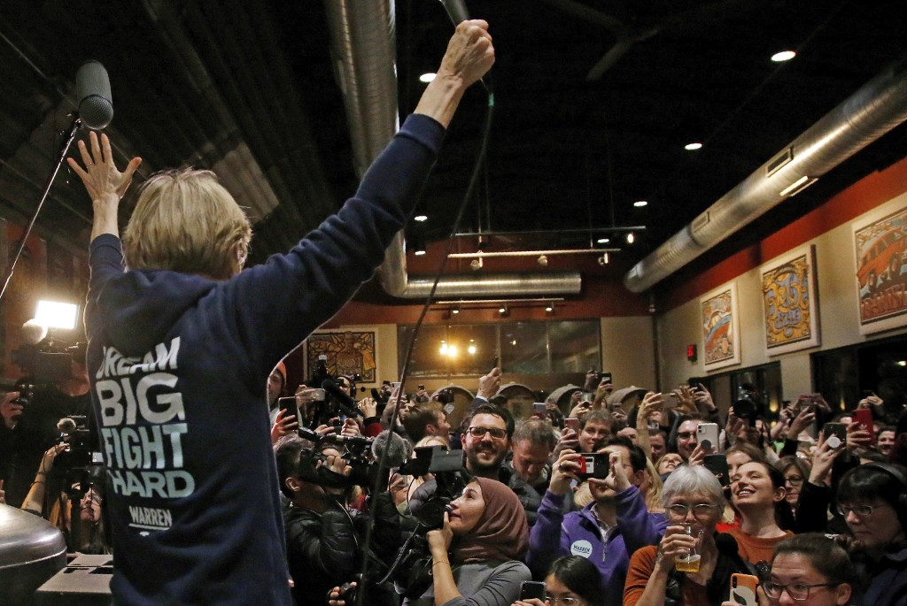 Democratic presidential candidate Sen. Elizabeth Warren, D-Mass., speaks at a campaign stop at Peace Tree Brewing Co., Friday, Jan. 31, 2020, in Des M...
