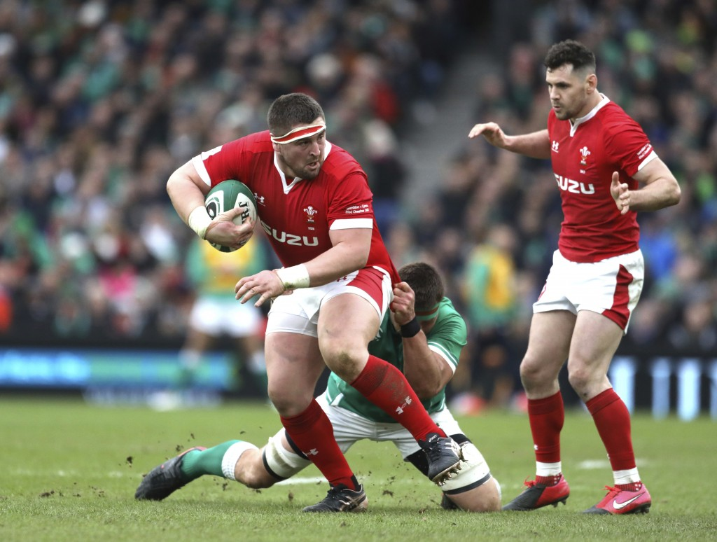 Ntamack inspires Grand Slam hopefuls France to Wales win