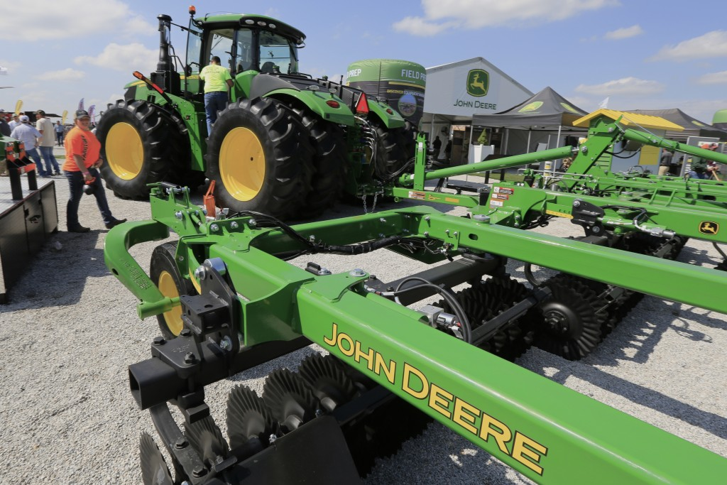 FILE - In this Sept. 10, 2019, file photo a John Deere tractor is on display at the Husker Harvest Days farm show in Grand Island, Neb. Deere & Co. re...