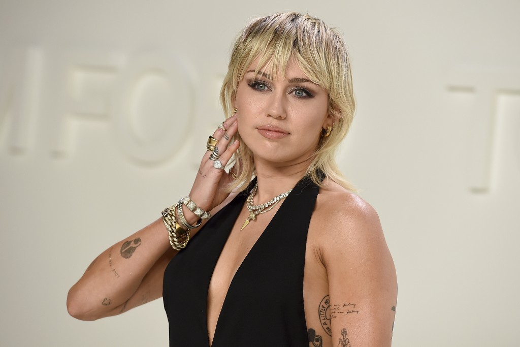 Miley Cyrus opens up about body image struggles