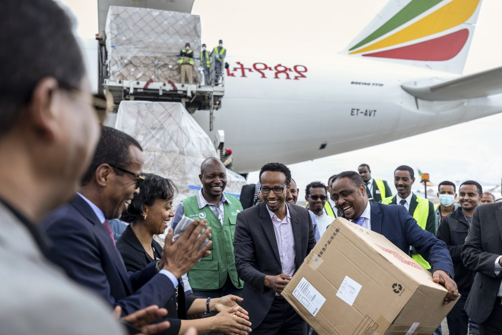 Africa gets emergency medical supplies from China's Jack Ma