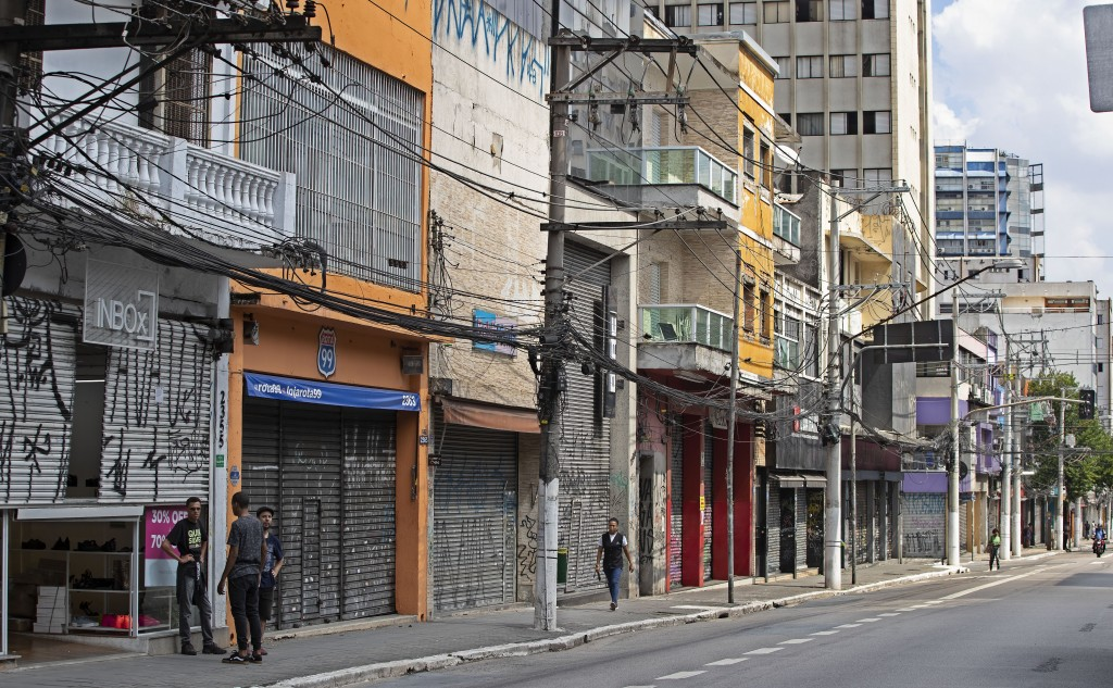 Stores remain closed along Teodoro Sampaio street during a quarantine imposed by Sao Paulo's government to help stop the spread of the new corona viru...