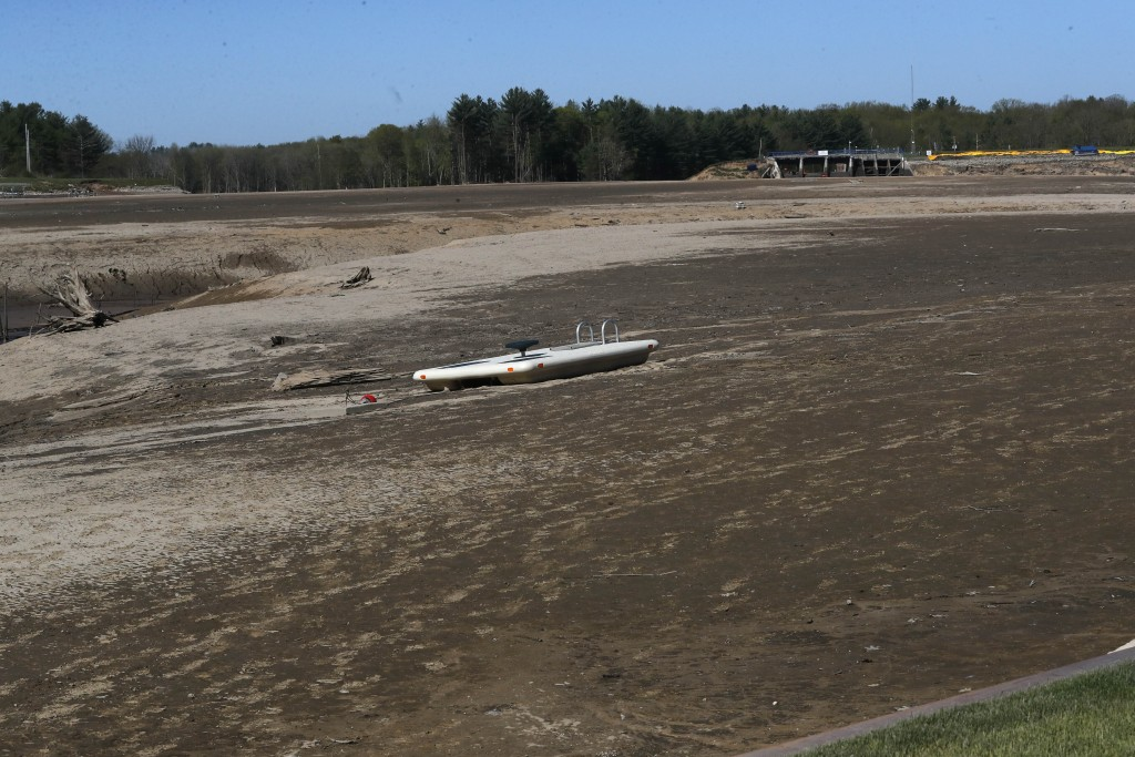 View of Wixom Lake, Thursday, May 21, 2020, after the water was drained after the Edenville Dam failed and flood waters rushed south, ravaging the lan...
