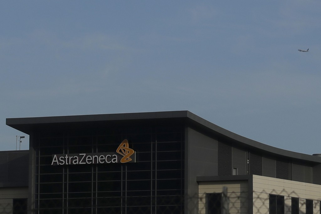 AstraZeneca agrees to supply Europe with 400mn doses of Covid-19 vaccine