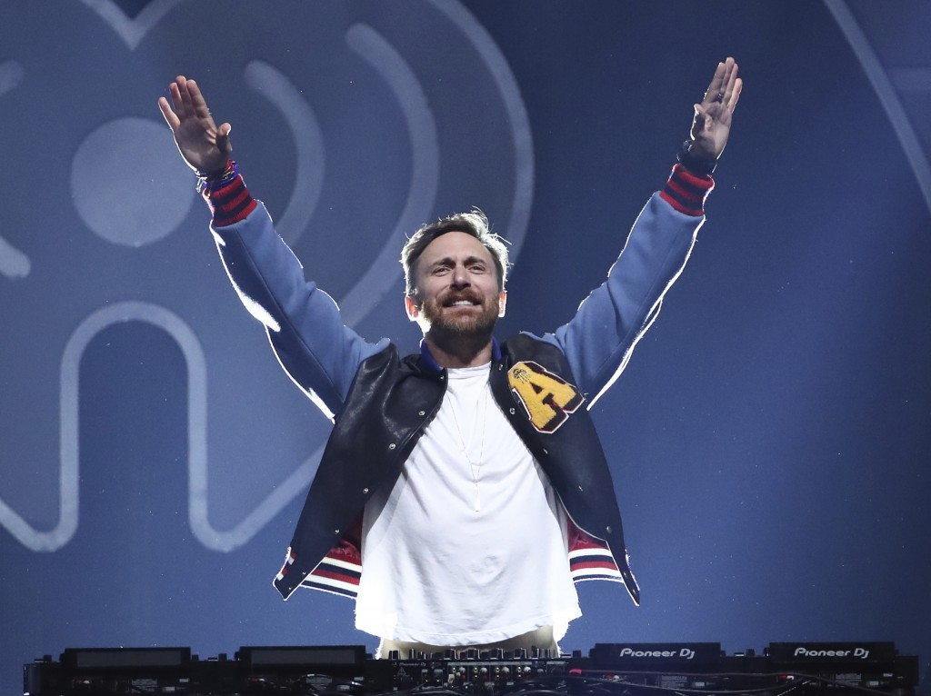 David Guetta again invites you to the very big roof party