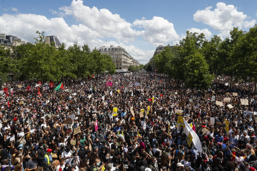 Large Black Lives Matter crowds in Paris demand 'justice'