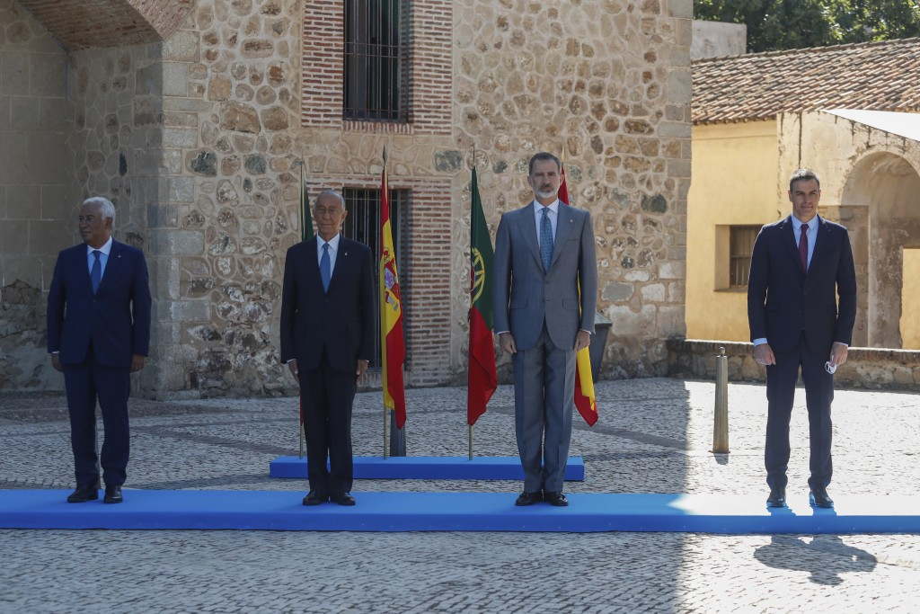 From left to right: Portugal's Prime Minister Antonio Costa, Portugal's President Marcelo Rebelo de Sousa, Spain's King Felipe VI, and Spain's Prime M...
