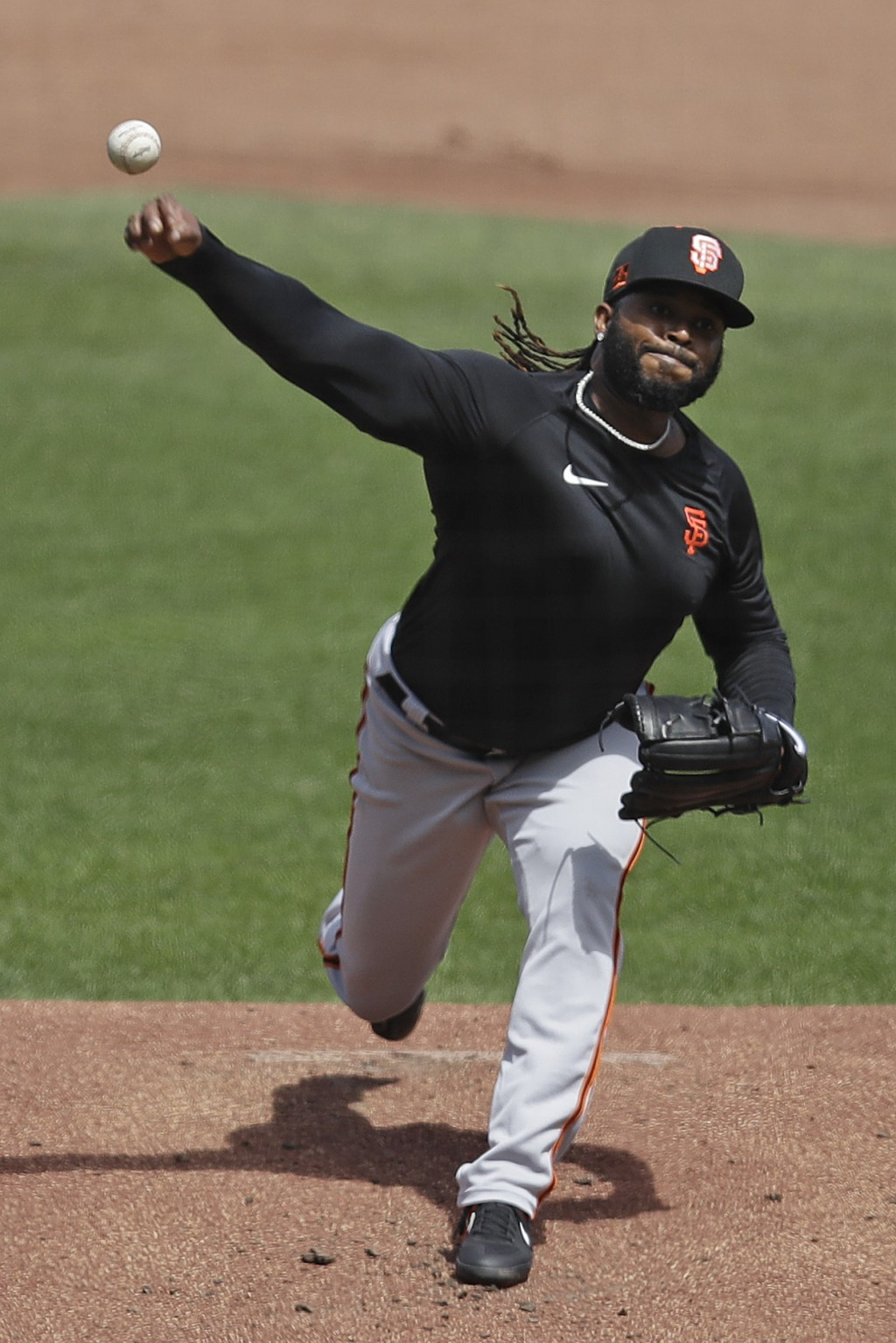 San Francisco Giants' Johnny Cueto pitches during a baseball practice on Friday, July 10, 2020, in San Francisco. (AP Photo/Ben Margot)