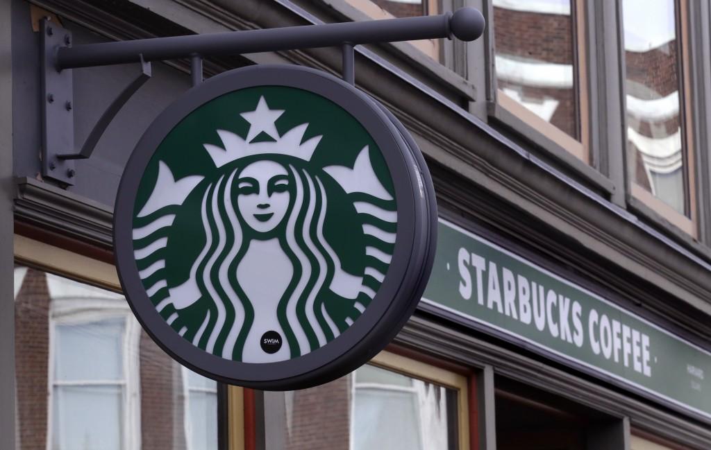大型連鎖咖啡廳品牌星巴克將於九月起於亞洲地區門市將新增植物肉食物與純植物飲料。(圖/美聯社)